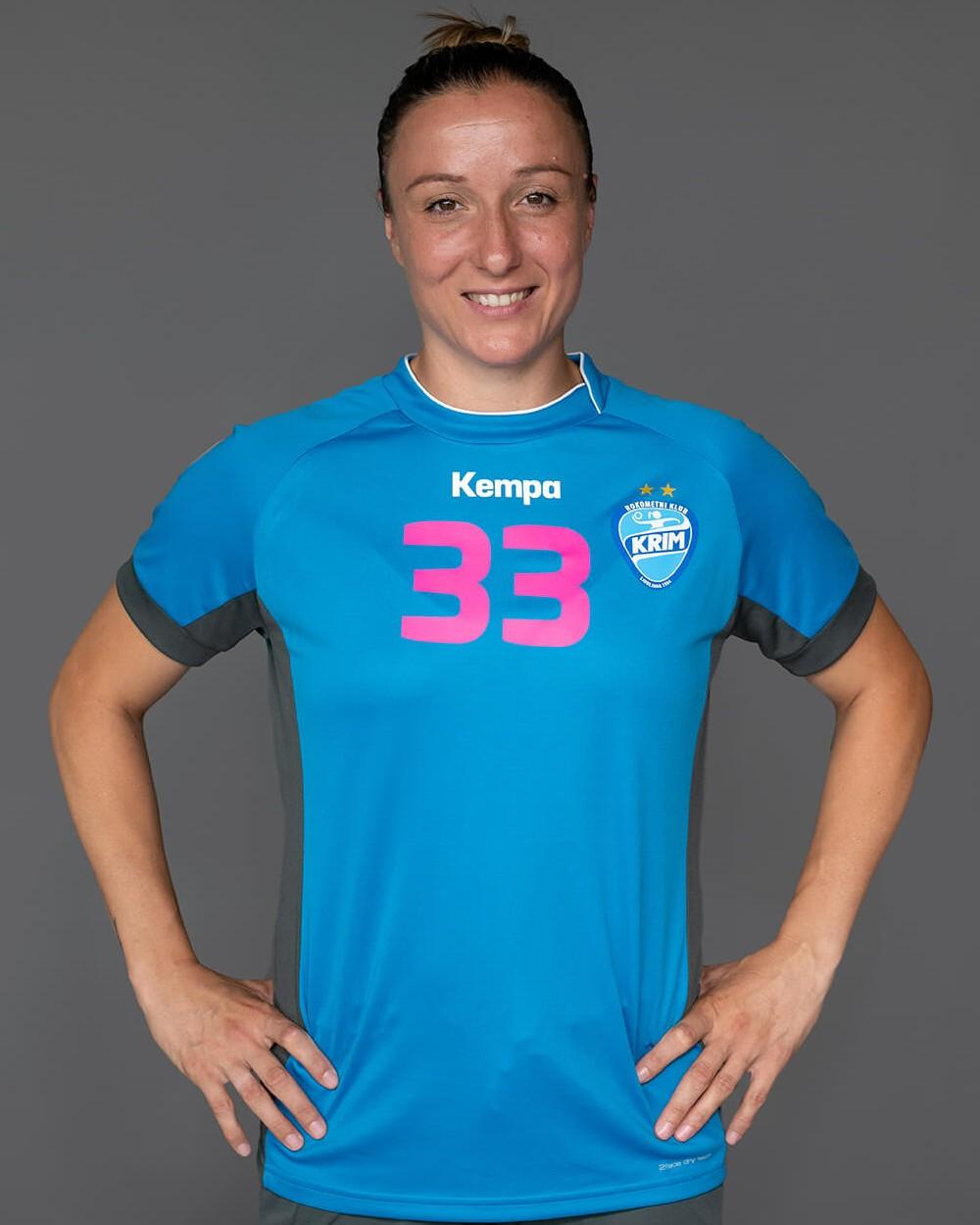 Katarina Krpez Slezak_Krim Mercator_2021-22_ekipa_1000x1250px